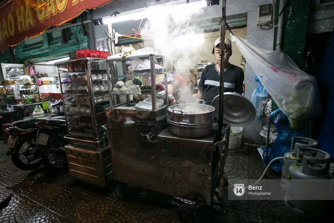 5 hàng xôi nổi tiếng mà nhất định bạn phải ăn thử nếu ở Sài Gòn - Ảnh 5.