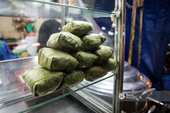 5 hàng xôi nổi tiếng mà nhất định bạn phải ăn thử nếu ở Sài Gòn - Ảnh 6.