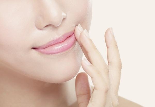 5 thủ thuật với đôi môi giúp bạn trẻ hơn chục tuổi
