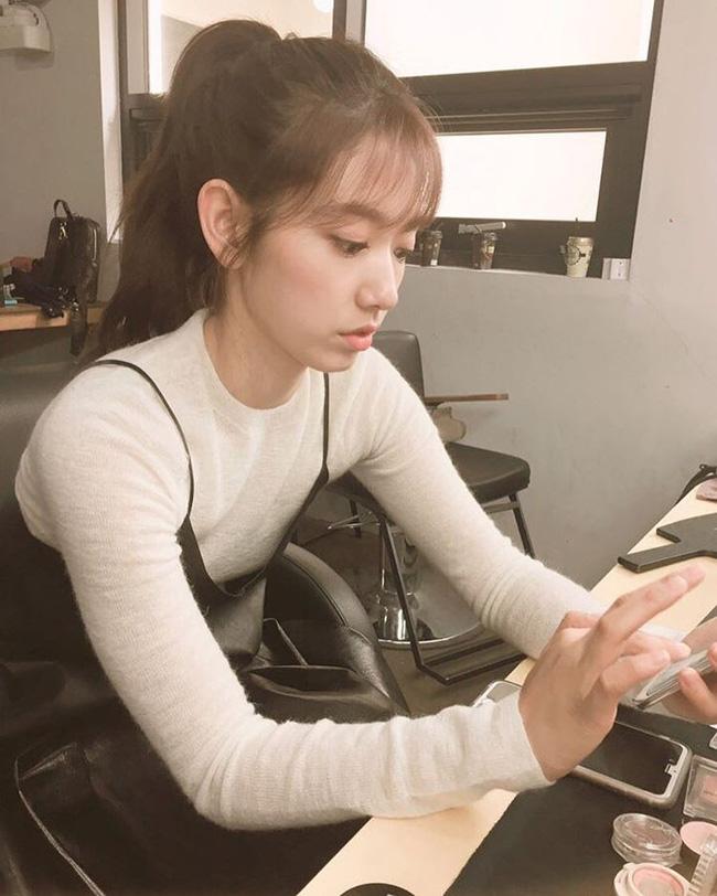 Suzy, Park Shin Hye cùng loạt sao nữ xứ Hàn đang diện những màu son nào? - Ảnh 7.