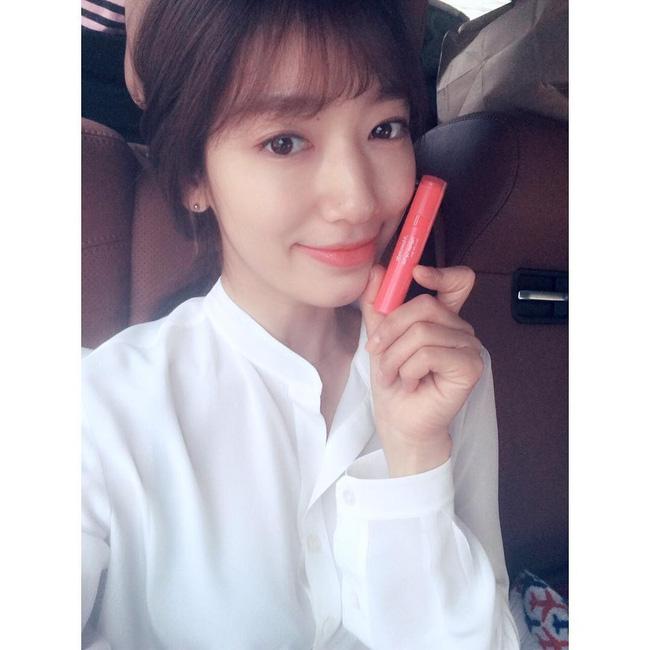 Suzy, Park Shin Hye cùng loạt sao nữ xứ Hàn đang diện những màu son nào? - Ảnh 5.