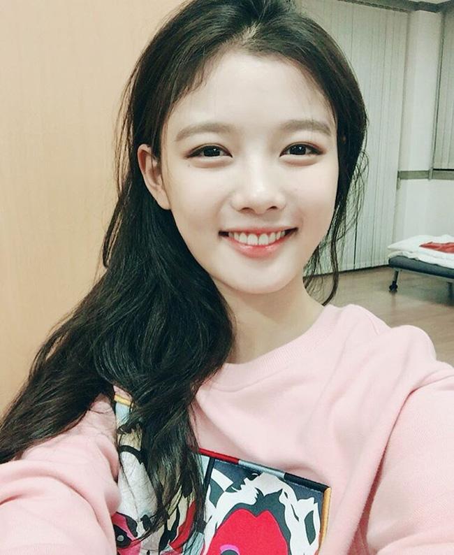 Suzy, Park Shin Hye cùng loạt sao nữ xứ Hàn đang diện những màu son nào? - Ảnh 13.