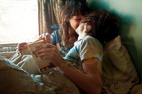Kết quả hình ảnh cho couple hug favim