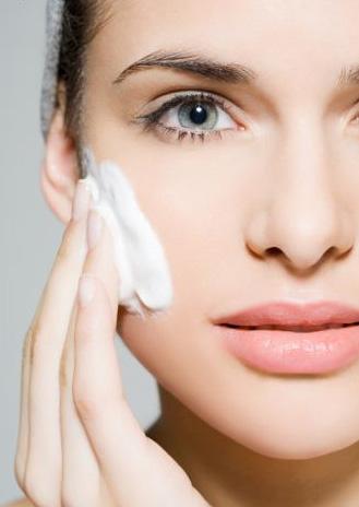 9 bí quyết chăm sóc da bạn cần làm ngay trước tuổi 30
