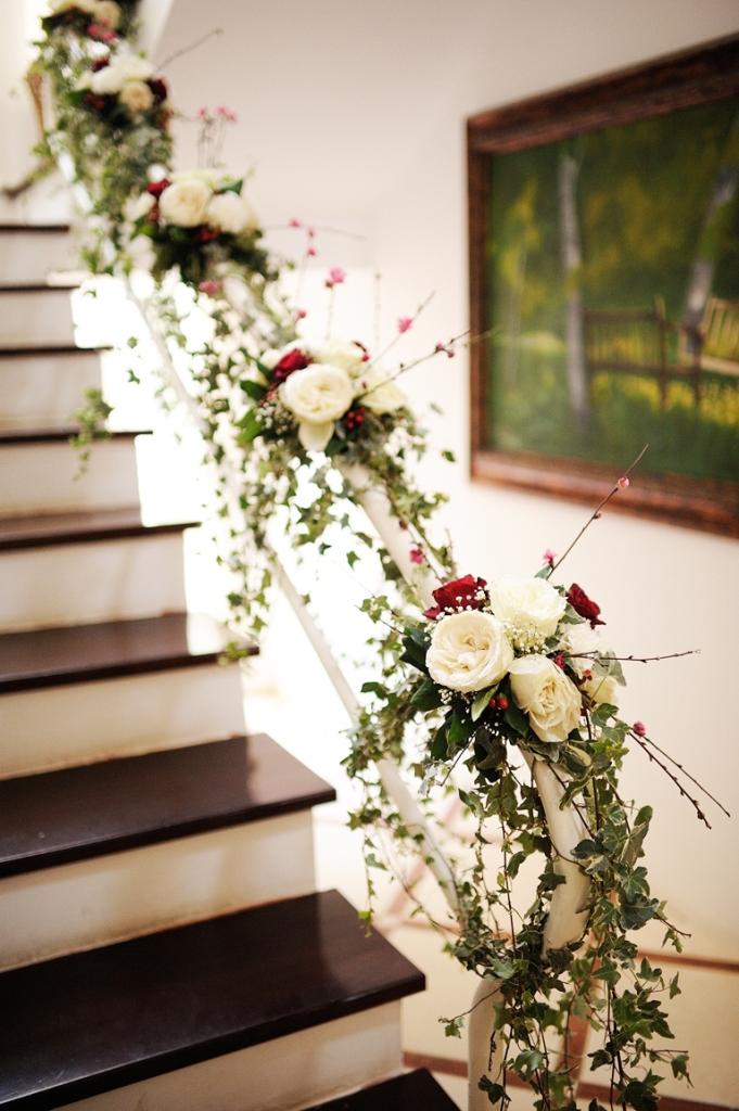 Cặp đôi ở Hà Nội trang trí nhà ngày cưới đẹp từ cổng vào nhà khiến khách không ngớt lời khen ngợi