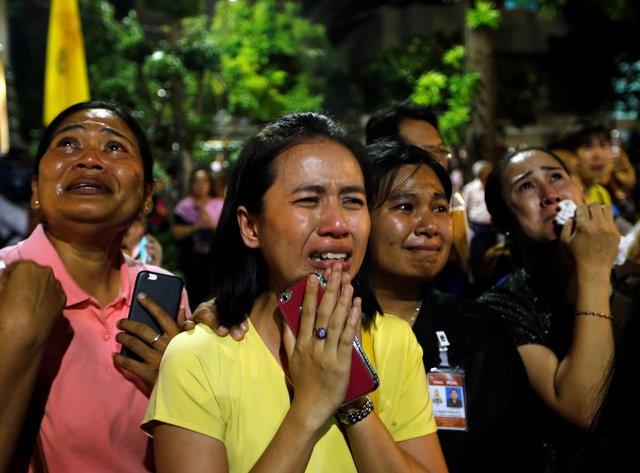 Thái Lan sẽ để tang quốc vương trong một năm - Ảnh 9.