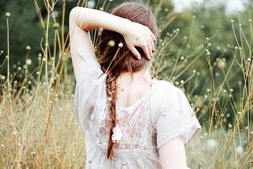 Kết quả hình ảnh cho girl vintage tumblr