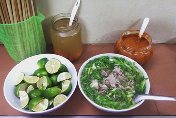 Những quán ăn hơn 25 năm ở Hà Nội giờ vẫn đông khách
