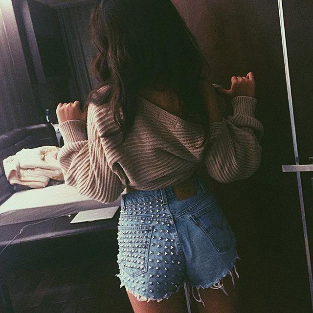 Loạt hot girl Việt đang chứng minh: Túi hiệu son xịn chưa cần có, nhưng shorts thì chắc chắn phải có một em! - Ảnh 9.
