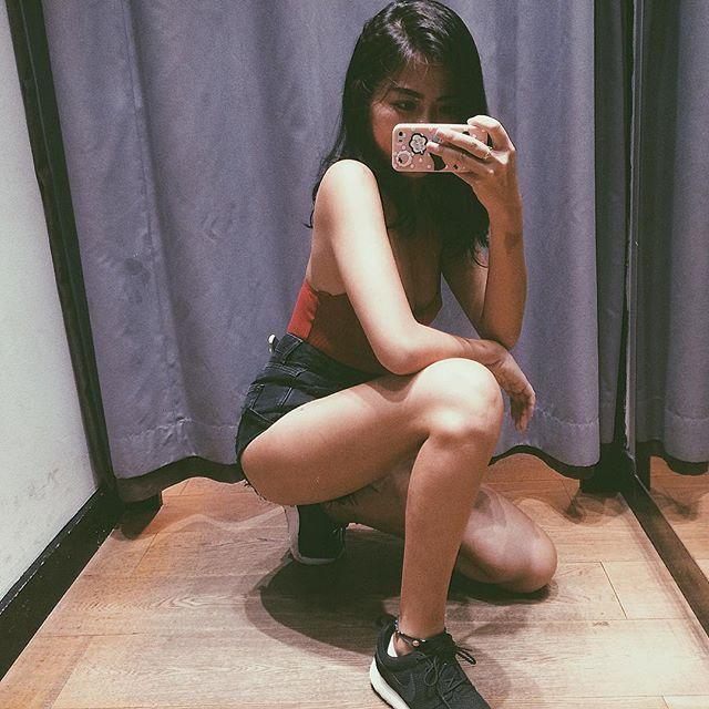 Loạt hot girl Việt đang chứng minh: Túi hiệu son xịn chưa cần có, nhưng shorts thì chắc chắn phải có một em! - Ảnh 13.
