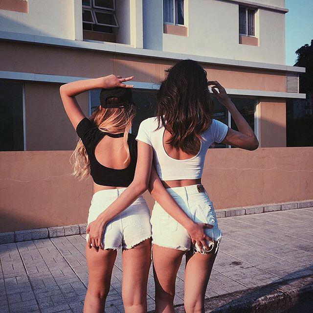 Loạt hot girl Việt đang chứng minh: Túi hiệu son xịn chưa cần có, nhưng shorts thì chắc chắn phải có một em! - Ảnh 20.