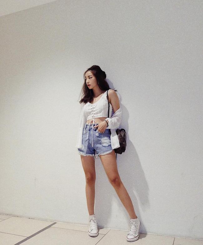 Loạt hot girl Việt đang chứng minh: Túi hiệu son xịn chưa cần có, nhưng shorts thì chắc chắn phải có một em! - Ảnh 4.