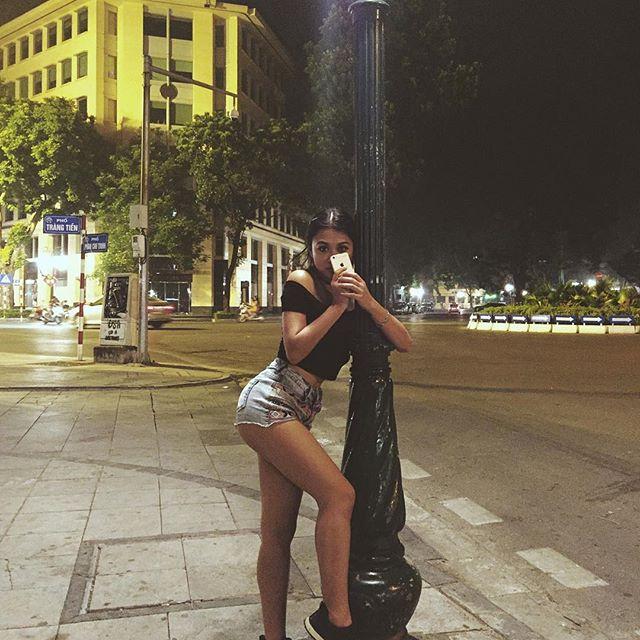 Loạt hot girl Việt đang chứng minh: Túi hiệu son xịn chưa cần có, nhưng shorts thì chắc chắn phải có một em! - Ảnh 24.