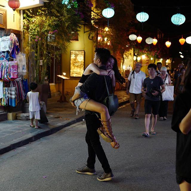 Loạt hot girl Việt đang chứng minh: Túi hiệu son xịn chưa cần có, nhưng shorts thì chắc chắn phải có một em! - Ảnh 27.