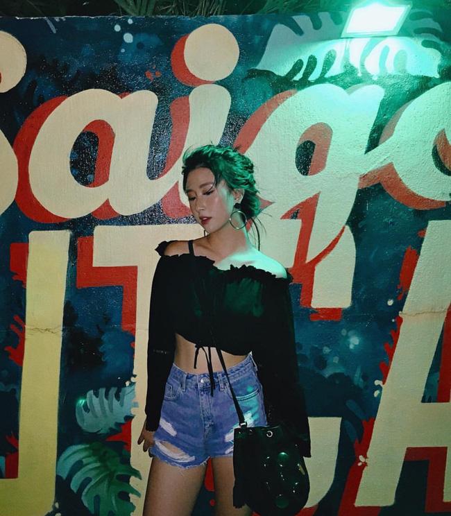 Loạt hot girl Việt đang chứng minh: Túi hiệu son xịn chưa cần có, nhưng shorts thì chắc chắn phải có một em! - Ảnh 2.