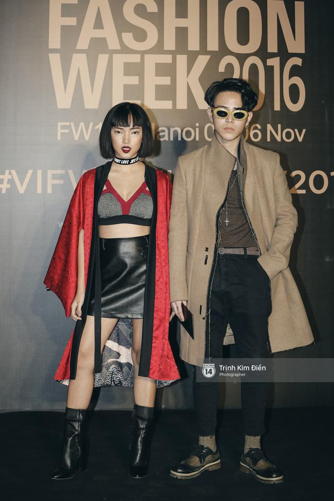 Và đây là 10 bộ cánh ấn tượng nhất trên thảm đỏ Vietnam International Fashion Week! - Ảnh 10.