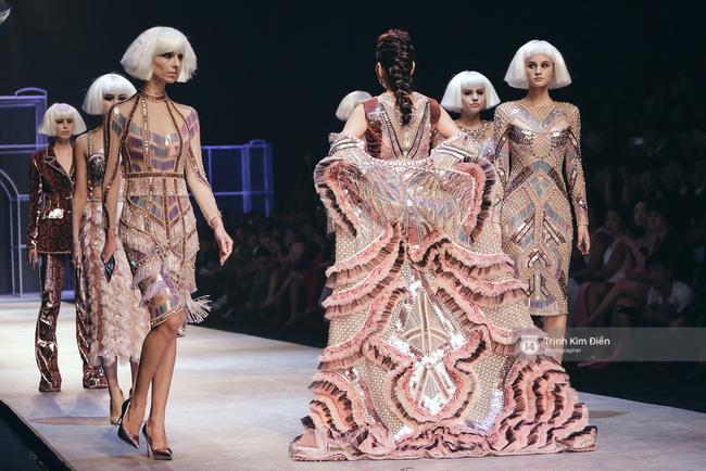 Gói gọn 6 ngày - 5 đêm của Vietnam International Fashion Week trong những khung hình tuyệt vời nhất! - Ảnh 9.
