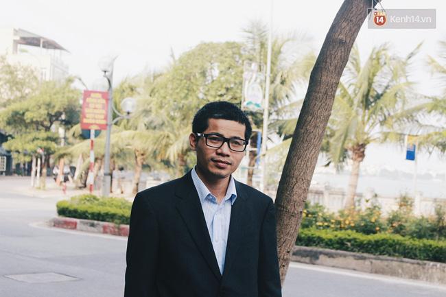 Gặp gã khùng Nguyễn Quang Thạch: Người giành giải Unesco sau 19 năm miệt mài cõng sách về làng - Ảnh 7.