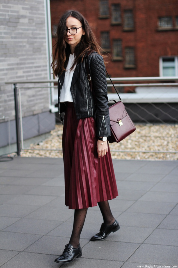 red and black street style