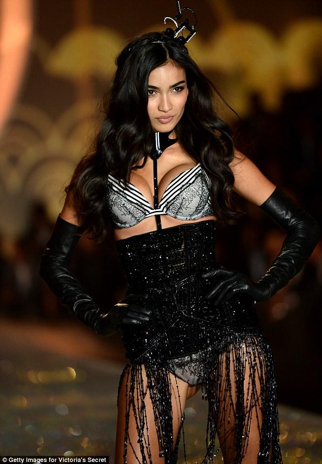 Điểm mặt chỉ tên cả thảy 54 chân dài sẽ sải bước tại Victorias Secret Fashion Show sắp tới - Ảnh 30.