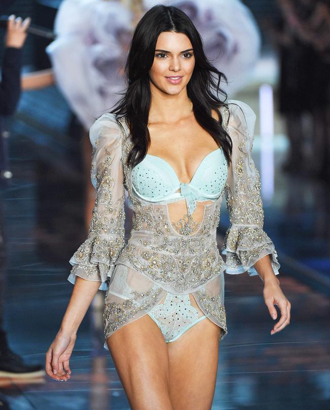 Điểm mặt chỉ tên cả thảy 54 chân dài sẽ sải bước tại Victorias Secret Fashion Show sắp tới - Ảnh 15.