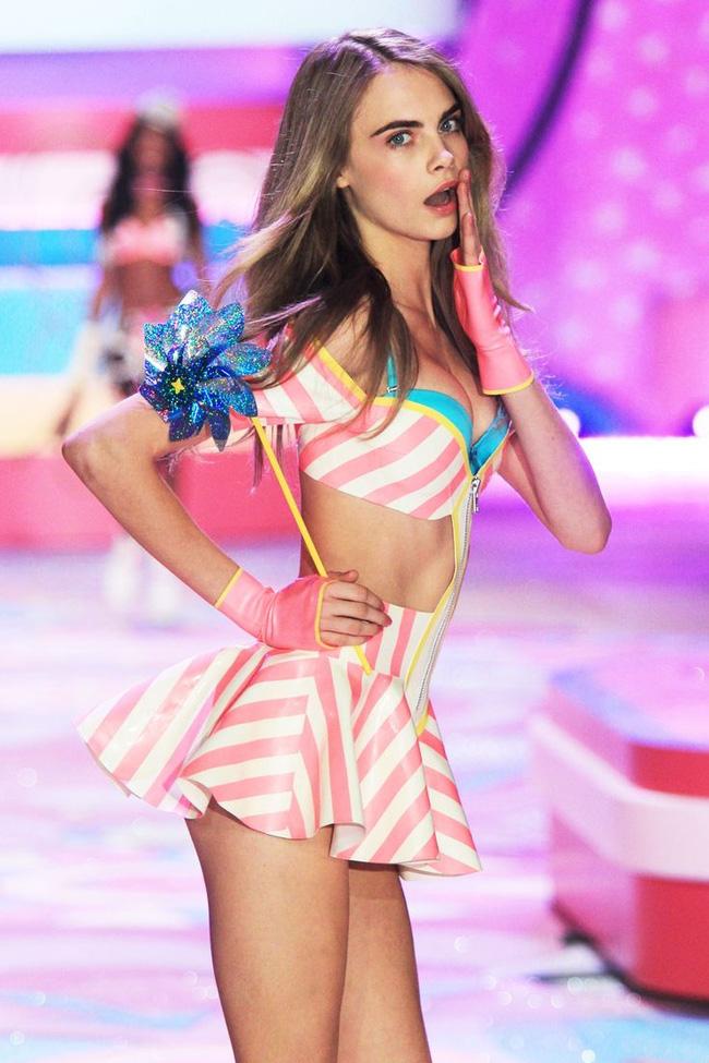 Điểm mặt chỉ tên cả thảy 54 chân dài sẽ sải bước tại Victorias Secret Fashion Show sắp tới - Ảnh 55.