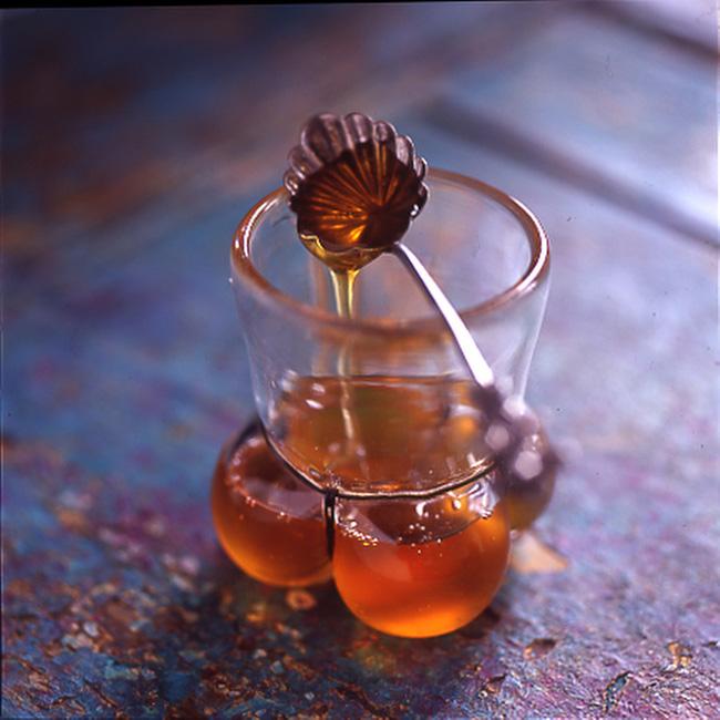 Uống mật ong với nước ấm: không chỉ giảm cân mà còn mang lại vô số lợi ích cho sức khỏe