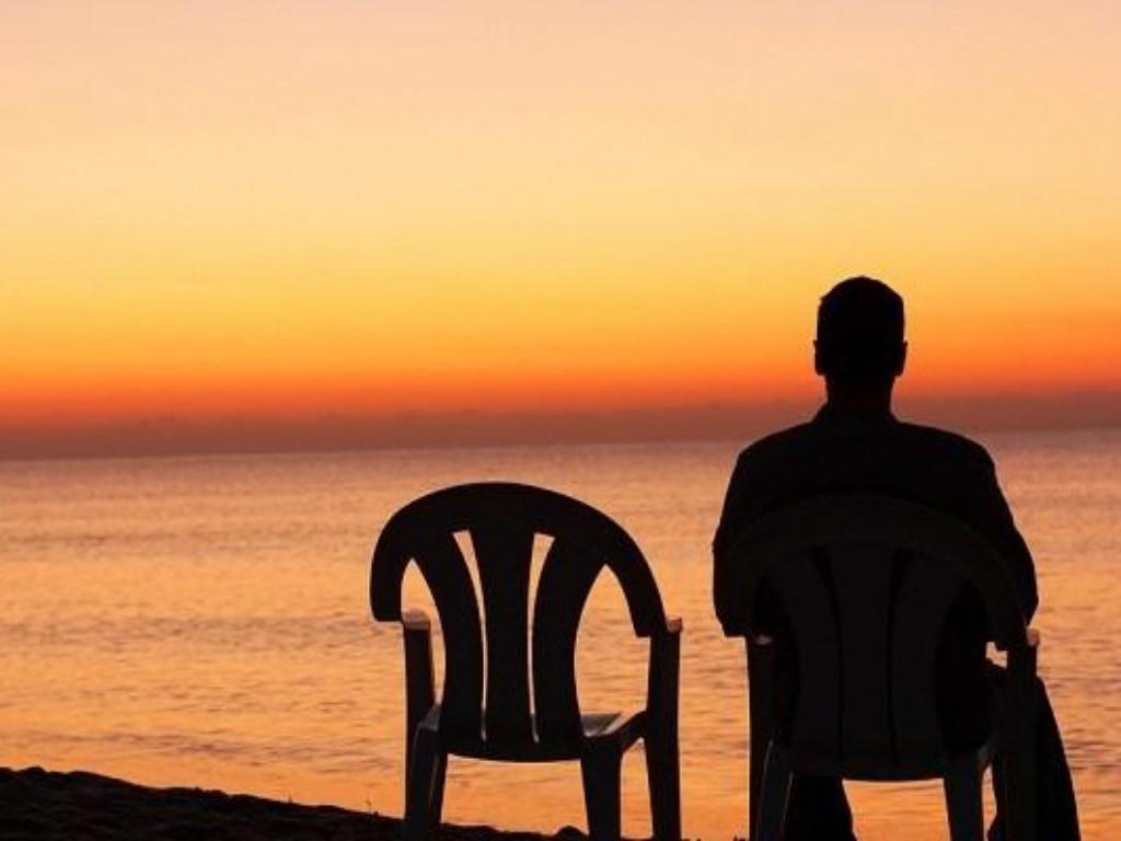 Image result for cô đơn một mình