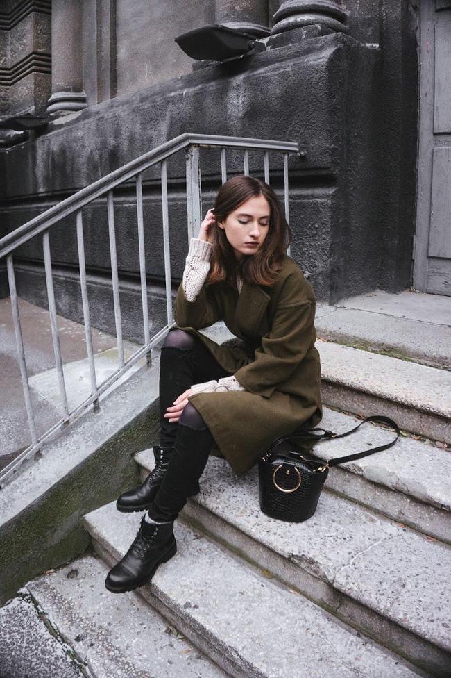Giới trẻ thế giới thách thức trời đông với street style đẹp bá cháy - Ảnh 9.