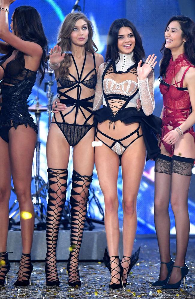 Gigi - Kendall quá nổi khiến dàn mẫu Victorias Secret một năm trước còn cô lập, giờ lại chuyển sang kết thân? - Ảnh 1.