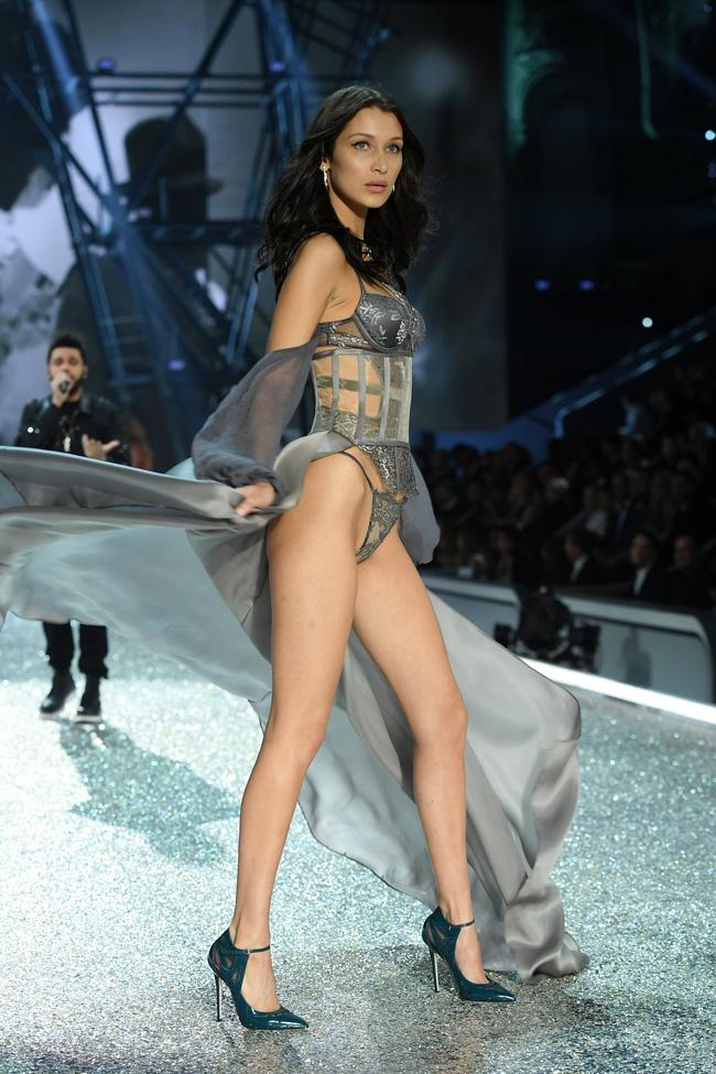 [HOT] Tất cả hình ảnh nóng bỏng tay của Victorias Secret Fashion Show 2016! - Ảnh 24.