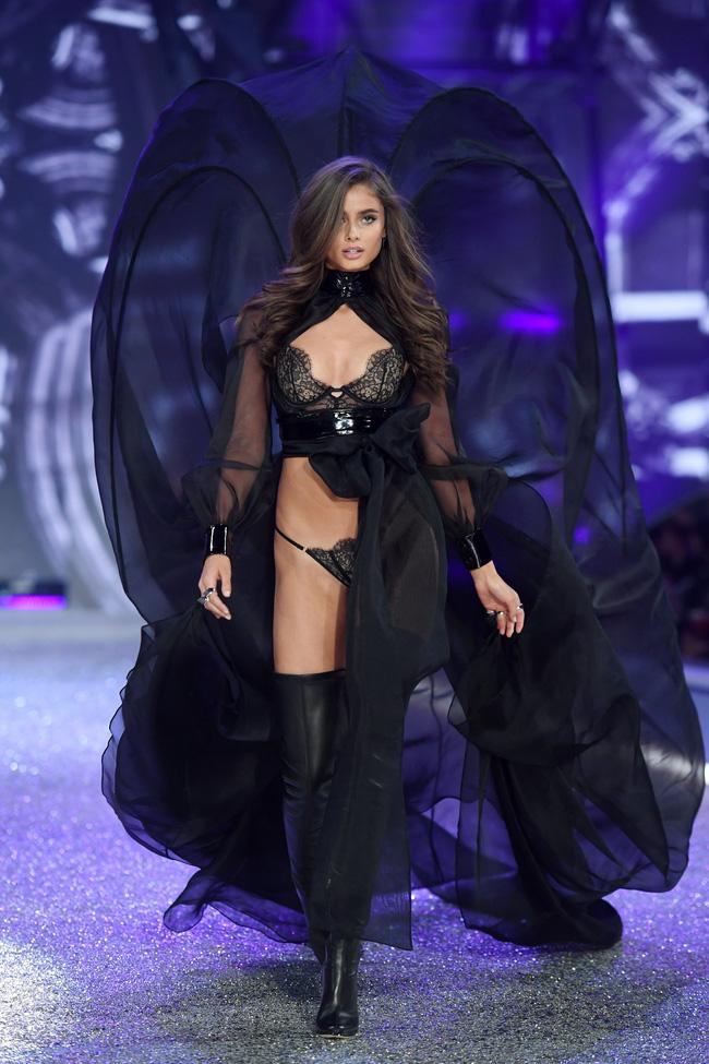 [HOT] Tất cả hình ảnh nóng bỏng tay của Victorias Secret Fashion Show 2016! - Ảnh 44.