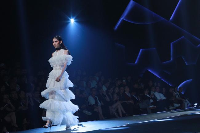 Cần gì đi đâu xa khi mở mắt ra là thấy 7 sân khấu thời trang đẹp như thế này ngay tại Việt Nam! - Ảnh 7.