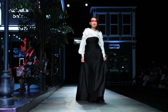 Cần gì đi đâu xa khi mở mắt ra là thấy 7 sân khấu thời trang đẹp như thế này ngay tại Việt Nam! - Ảnh 11.