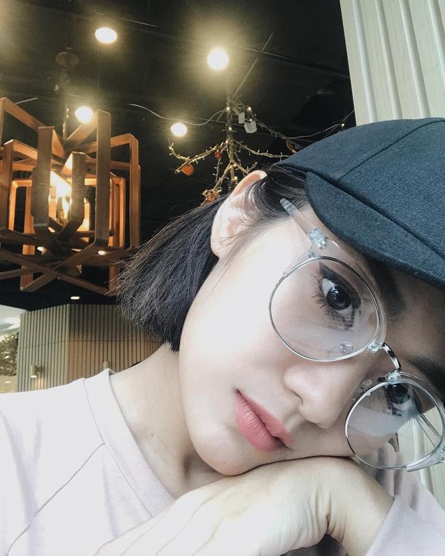 Lục Instagram của loạt hot girl Việt tìm ra 5 màu son hot phá đảo thời gian này - Ảnh 13.