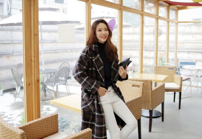 4 tips mặc áo len cổ lọ thật phong cách trong ngày trở lạnh - Ảnh 9.