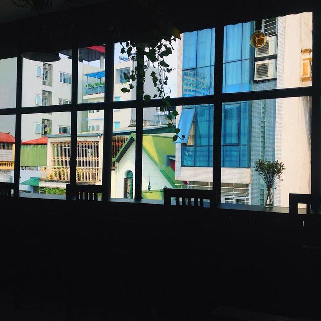 Đừng lo nếu 3 ngày nghỉ lễ chưa biết đi đâu, Hà Nội còn nhiều quán cafe đẹp lắm - Ảnh 39.
