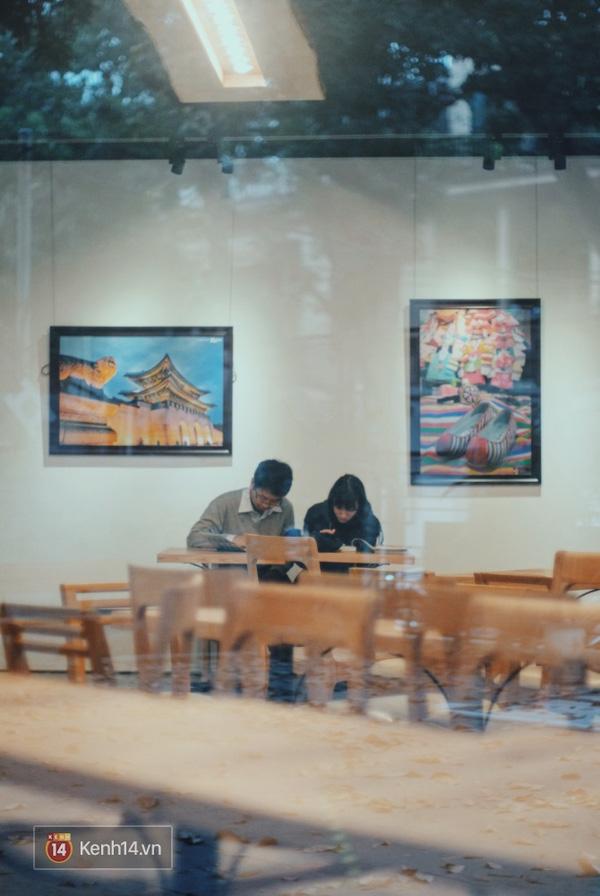 4 thư viện cực đẹp, cực xịn dành riêng cho dân yêu ngoại ngữ ở Hà Nội - Ảnh 24.