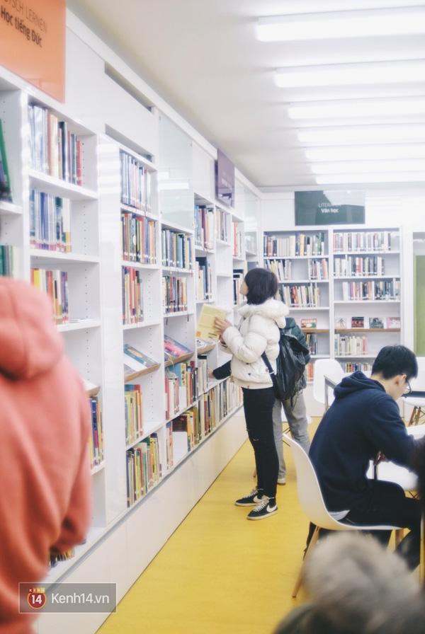 4 thư viện cực đẹp, cực xịn dành riêng cho dân yêu ngoại ngữ ở Hà Nội - Ảnh 6.