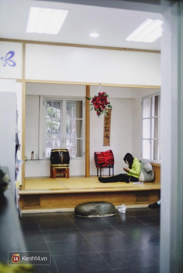 4 thư viện cực đẹp, cực xịn dành riêng cho dân yêu ngoại ngữ ở Hà Nội - Ảnh 15.