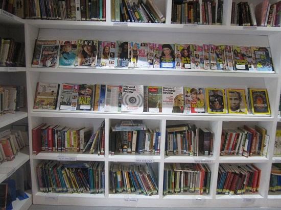 4 thư viện cực đẹp, cực xịn dành riêng cho dân yêu ngoại ngữ ở Hà Nội - Ảnh 30.