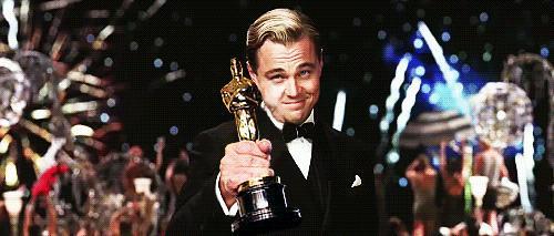 MXH ngập lụt ảnh chế Leo: Tượng vàng Oscar - Lần này là anh cầm thật đấy nhé! - Ảnh 3.