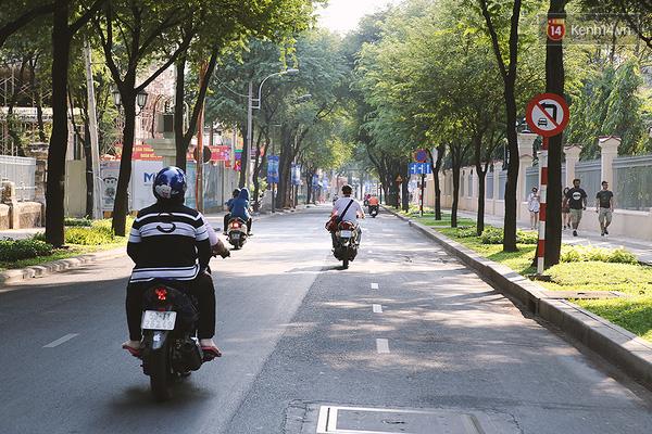 Một Sài Gòn không ồn ã rất khác lạ trong ngày đầu năm mới - Ảnh 7.