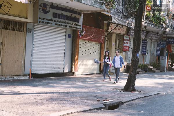 Một Sài Gòn không ồn ã rất khác lạ trong ngày đầu năm mới - Ảnh 5.