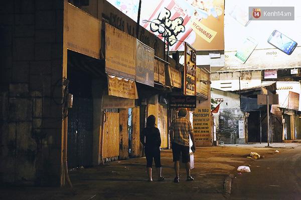 Một Sài Gòn không ồn ã rất khác lạ trong ngày đầu năm mới - Ảnh 8.