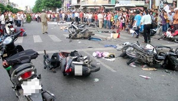 Điều gì đã khiến người ta không đủ can đảm dừng xe lại hay đón một nạn nhân vương vãi máu lên xe của mình? - Ảnh 2.