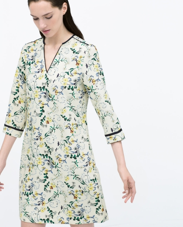 Image 4 of FLORAL PRINT DRESS from Zara