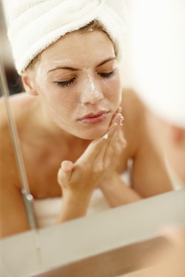 Rửa mặt kiểu này bạn sẽ càng hủy hoại làn da của mình