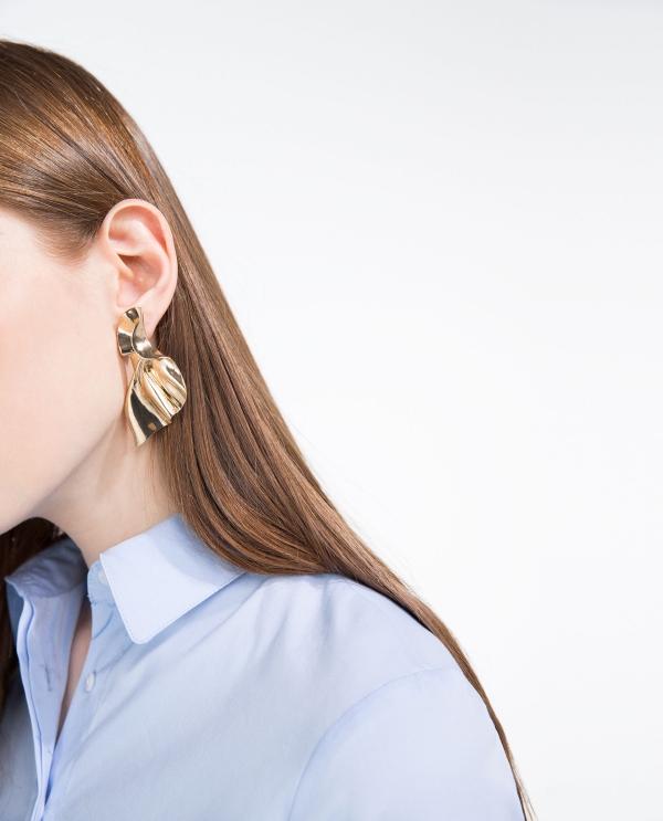 TWISTED-EFFECT EARRINGS