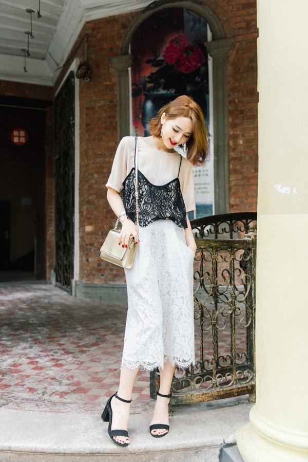Hè năm nay, quần culottes phải mặc như thế này mới đẹp!